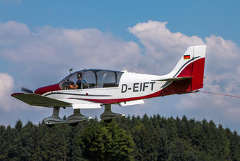D-EIFT - Private Robin DR.400 series