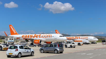 G-EZWP - easyJet Airbus A320