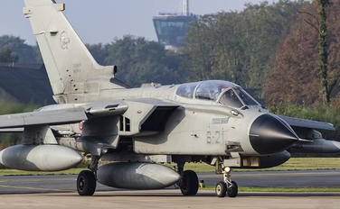 MM7040 - Italy - Air Force Panavia Tornado - IDS