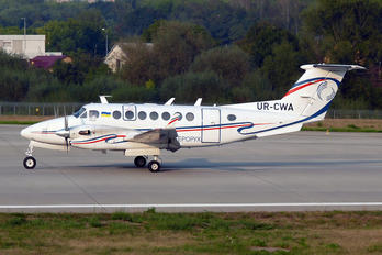 UR-CWA - Ukraine - UkSATSE Beechcraft 300 King Air 350