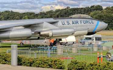 17066 - USA - Air Force Boeing B-47 Stratojet