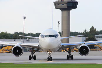 P4-MES - Private Boeing 767-300ER