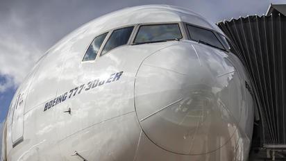 A6-EPG - Emirates Airlines Boeing 777-300ER