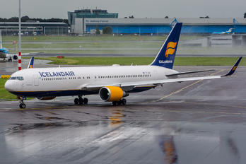TF-ISN - Icelandair Boeing 767-300ER