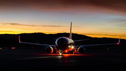 LN-NHE - Norwegian Air Shuttle Boeing 737-800