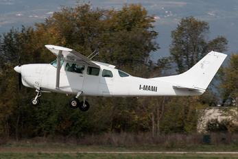 I-MAMI - Private Cessna 210 Centurion