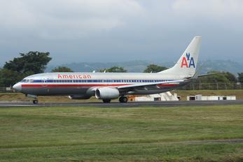 N885NN - American Airlines Boeing 737-800