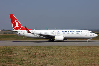 TC-JFP - Turkish Airlines Boeing 737-800