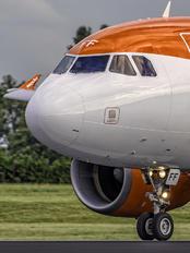 G-EZFF - easyJet Airbus A319