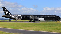 ZK-OKQ - Air New Zealand Boeing 777-300ER aircraft