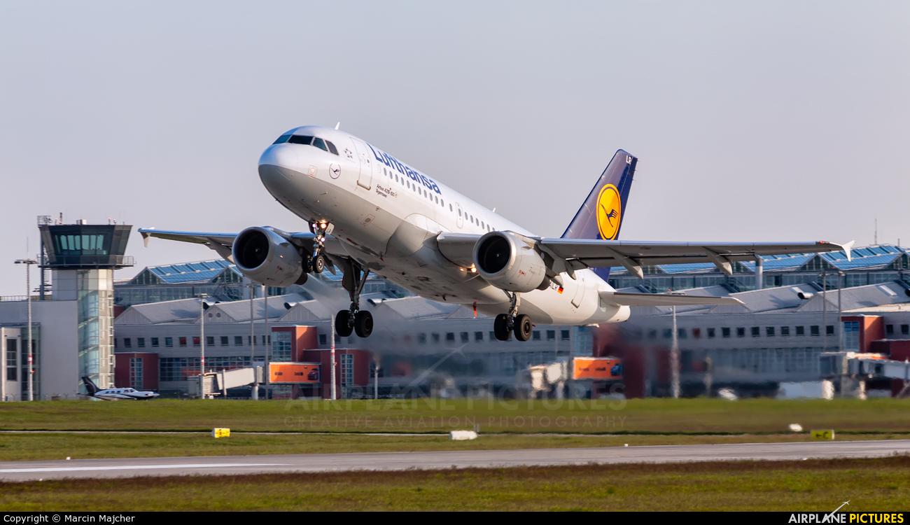 Lufthansa D-AILR aircraft at Dresden
