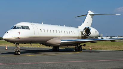N821AM - Private Bombardier BD-700 Global Express