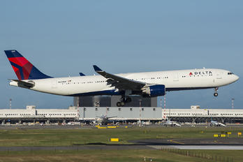 N820NW - Delta Air Lines Airbus A330-300