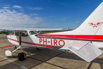PH-IRO - Special Air Services Cessna 172 Skyhawk (all models except RG)
