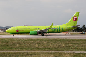 VP-BNG - S7 Airlines Boeing 737-800