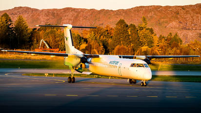 LN-RDV - Widerøe de Havilland Canada DHC-8-400Q / Bombardier Q400