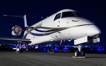 G-SYLJ - Private Embraer EMB-600 Legacy 600