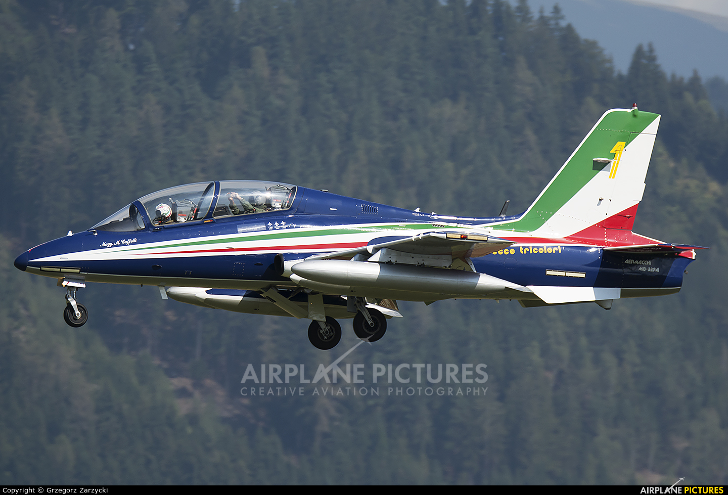 """Italy - Air Force """"Frecce Tricolori"""" 1 aircraft at Zeltweg"""