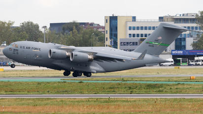 08-8195 - USA - Air Force Boeing C-17A Globemaster III