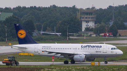 D-AILW - Lufthansa Airbus A319