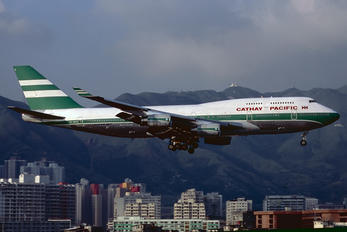 VR-HOZ - Cathay Pacific Boeing 747-400