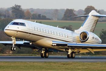 HB-JGE - TAG Aviation Bombardier BD-700 Global Express