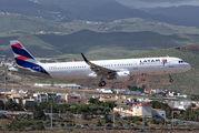 CC-BEP - LATAM Airbus A321 aircraft