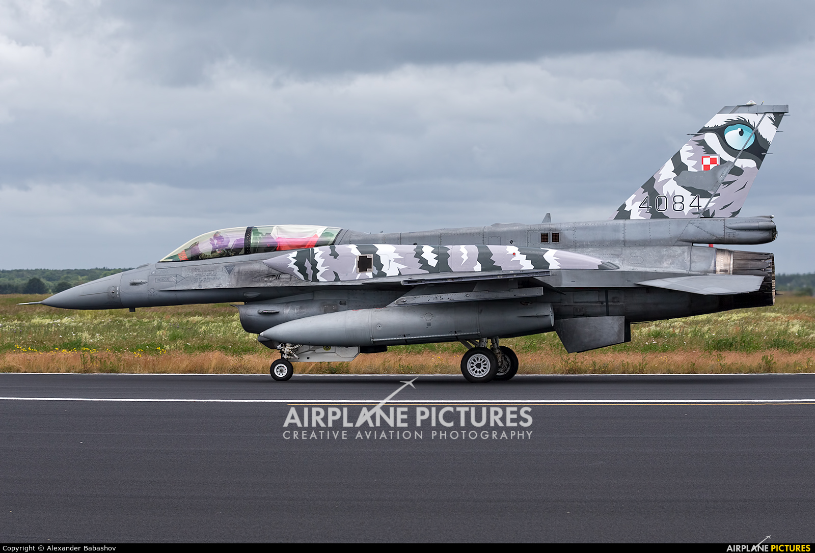 Poland - Air Force Lockheed Martin F-16D Jastrząb 4084