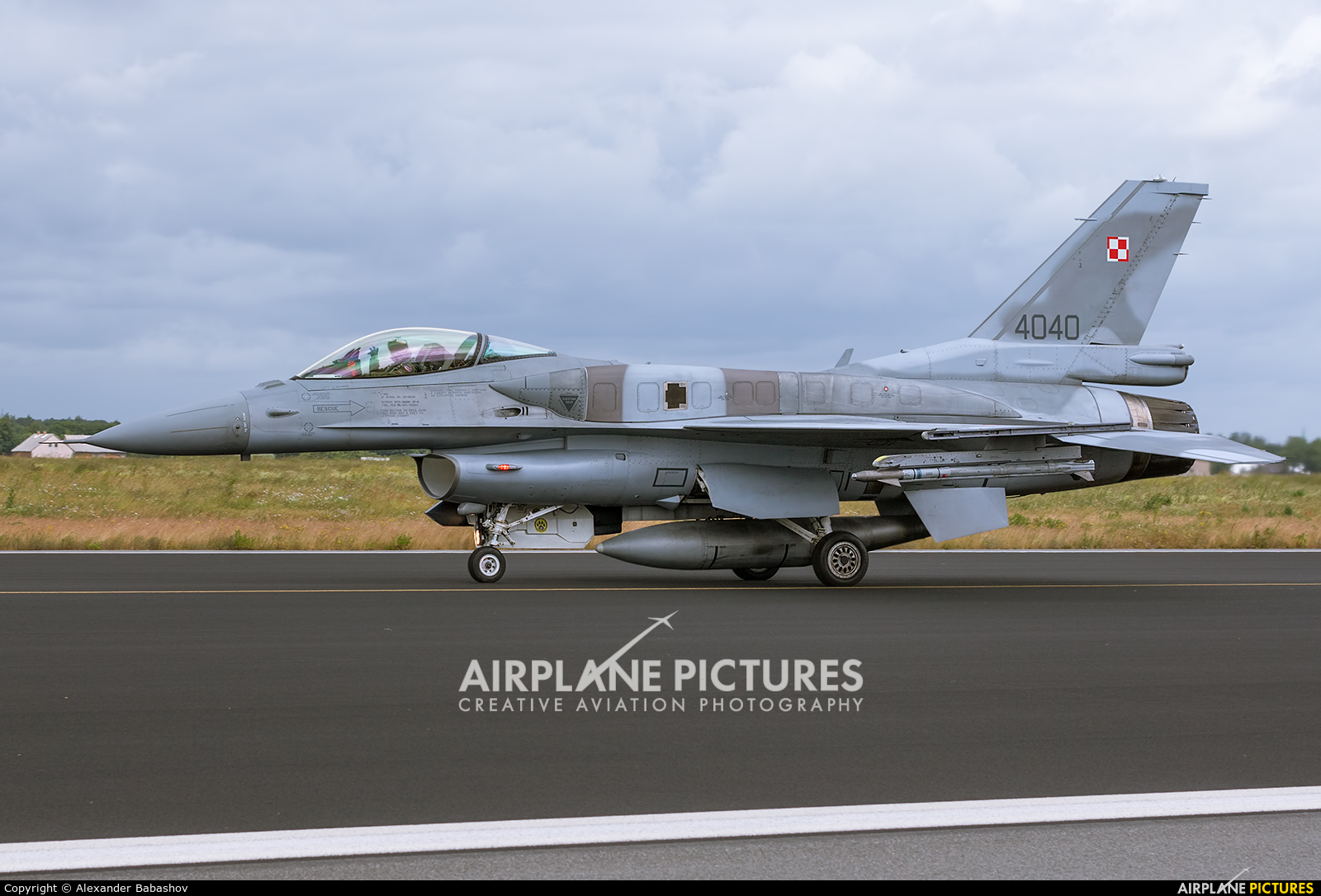 Poland - Air Force Lockheed Martin F-16C Jastrząb 4040