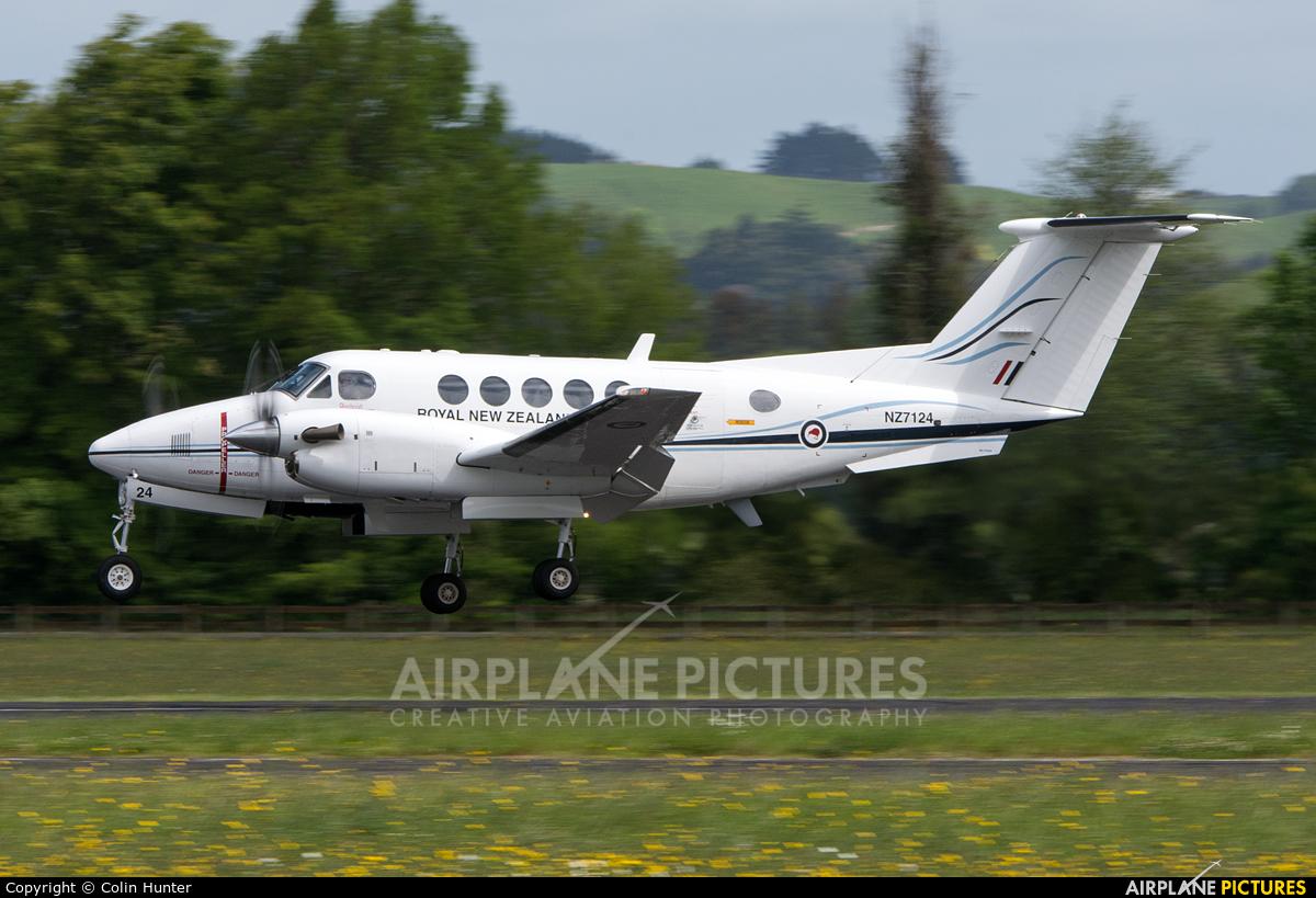 New Zealand - Air Force NZ7124 aircraft at Ardmore