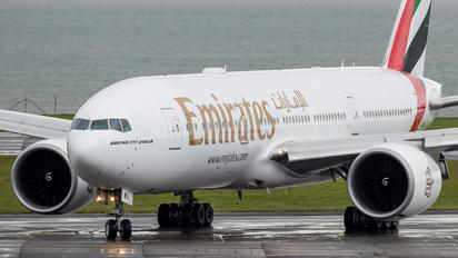 A6-EWG - Emirates Airlines Boeing 777-200LR