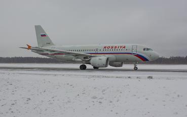 VP-BIT - Rossiya Airbus A319