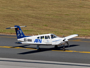 EC-IMM - Aeroflota del Noroeste Piper PA-28R Arrow /  RT Turbo Arrow