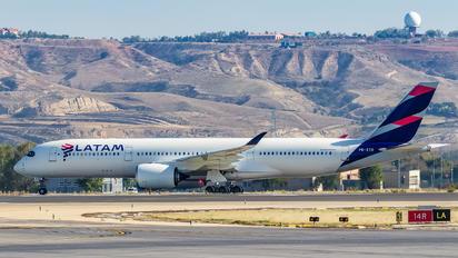 PR-XTD - LATAM Airbus A350-900