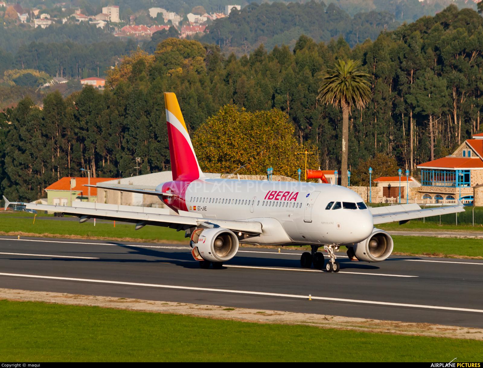 Iberia EC-JVE aircraft at La Coruña