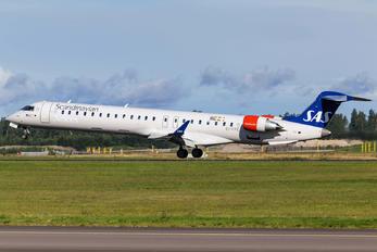 EI-FPE - SAS - Scandinavian Airlines Canadair CL-600 CRJ-900