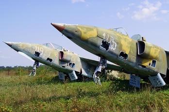 115 - Romania - Air Force IAR Industria Aeronautică Română IAR 93MB Vultur