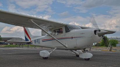 SP-FLI - Private Cessna 172 Skyhawk (all models except RG)