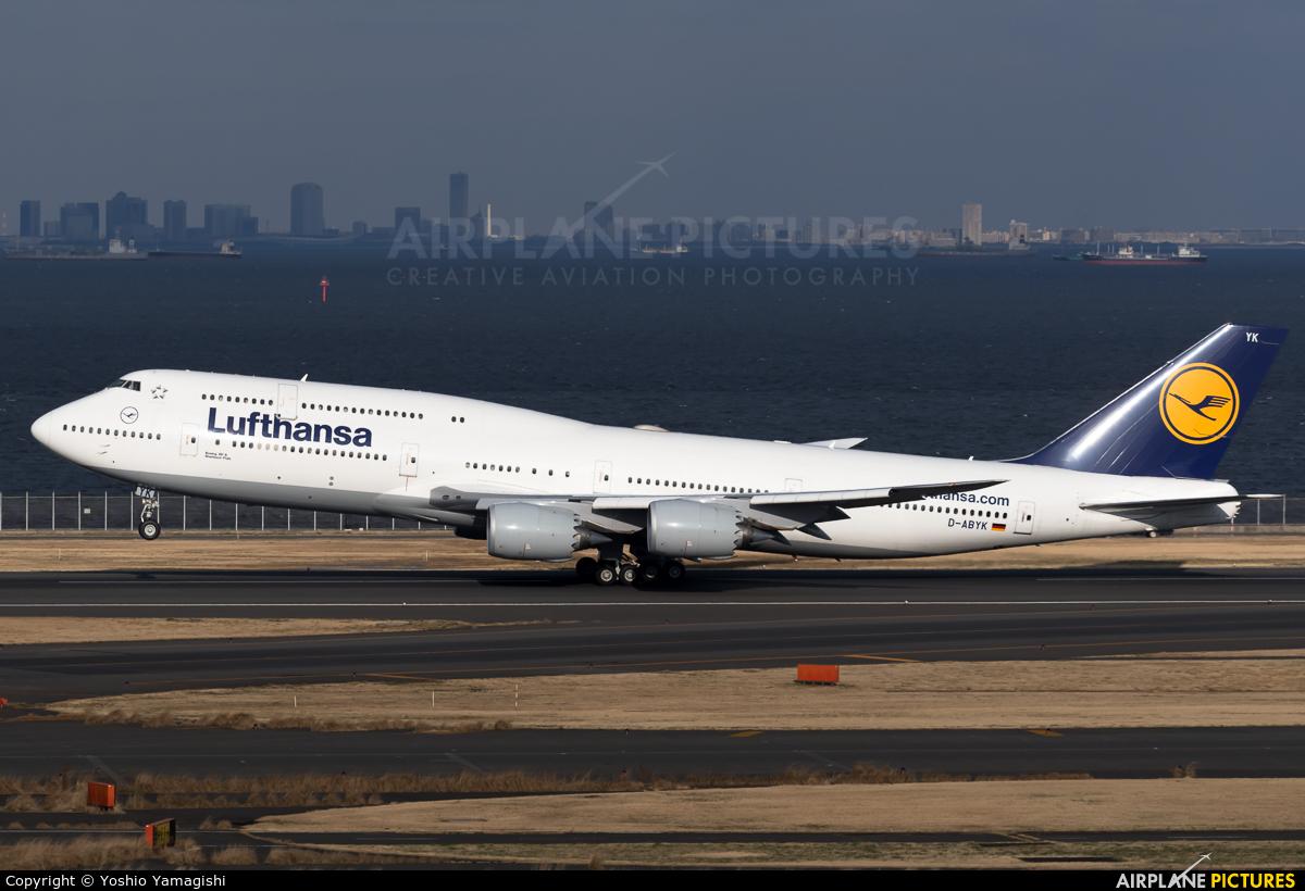 Lufthansa D-ABYK aircraft at Tokyo - Haneda Intl