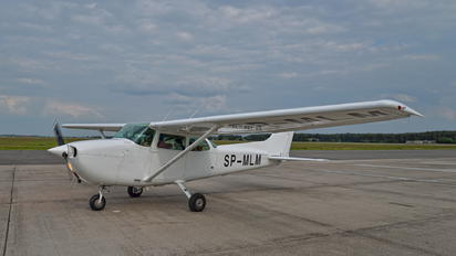 SP-MLM - Private Cessna 172 Skyhawk (all models except RG)