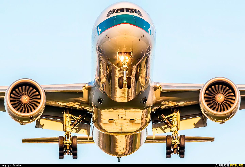 Cathay Pacific B-KQL aircraft at Amsterdam - Schiphol