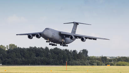 85-0002 - USA - Air Force Lockheed C-5M Super Galaxy