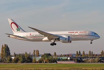 CN-RGT - Royal Air Maroc Boeing 787-8 Dreamliner