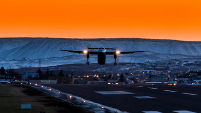 TF-FXA - Flugfelag Islands - Air Iceland de Havilland Canada DHC-8-400Q / Bombardier Q400