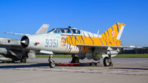 9351 - Poland - Air Force Mikoyan-Gurevich MiG-21UM aircraft