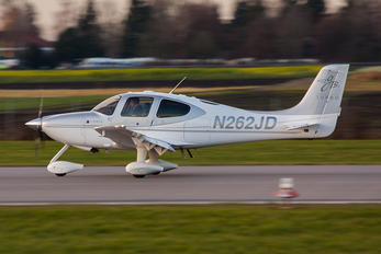 N262JD - Private Cirrus SR22