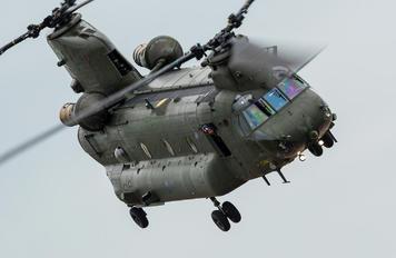 ZA714 - Royal Air Force Boeing Chinook HC.2