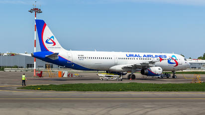 VQ-BOC - Ural Airlines Airbus A321