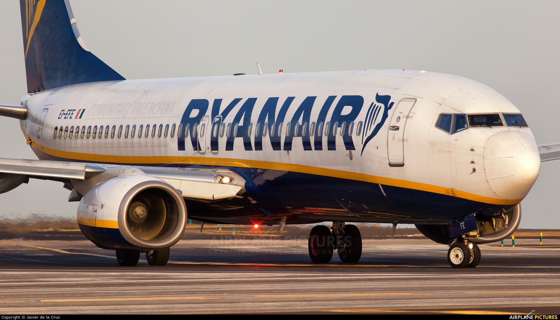 Ryanair EI-EFE aircraft at Tenerife Sur - Reina Sofia