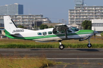 JA889D - Private Cessna 208 Caravan